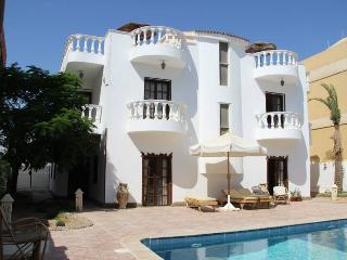 Villa in Hurghada with pool/snooker/bbq