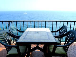 Apartamento frente al mar con piscina, Tossa de Mar