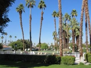 DUR66 - Rancho Las Palmas Country Club - 2 BDRM + DEN, 2 BA, Rancho Mirage