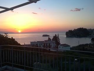 Villa Alba Apartment - Taormina Seafront