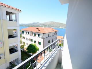 Apartments Maja - 47431-A5, Okrug Donji