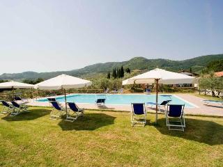 Fattoria di Montorio Toscana Quarrata  appartamento con camera matrimoniale