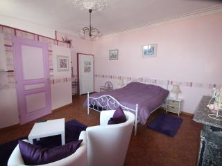 domaine des roses chambre violette