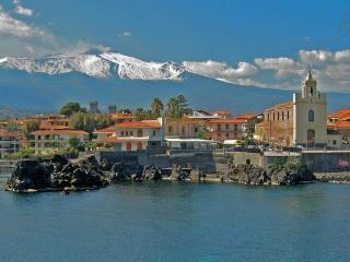 Casa Limoni tra mare, Etna e Taormina, Stazzo