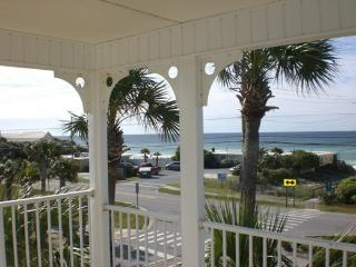 Panoramic View- END UNIT - No Upstair Neighbor - King Bed - Pristine, Destin