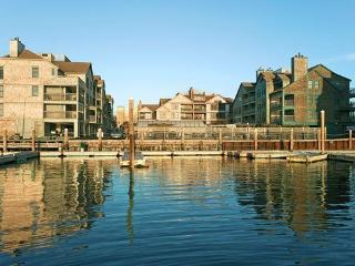 Newport Onshore Wellington Long Wharf Waterfront