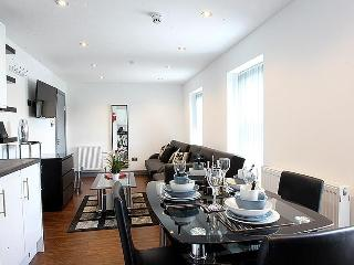 Northern Quarter Apartment 3 sleeps 8
