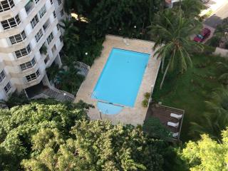 Spacious city Apartment, great view & price., Guaynabo