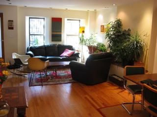Spacious Triplex W/Private Garden in Park Slope