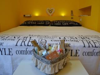 Yellow Home - Accogliente loft indipendente