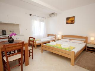 Apartments Aleksandar, Sveti Stefan