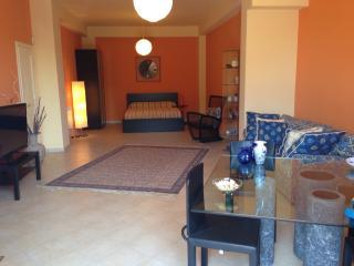 Etna Modern Suite