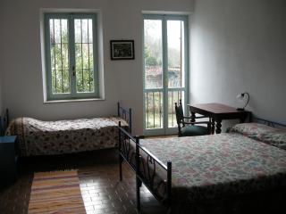 CASA NEL BOSCO (ASTI), Serravalle