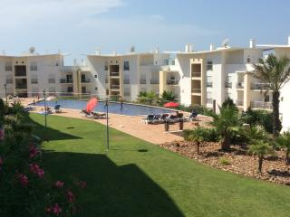 2 Bedroom Holiday Apartment In Encosta da Orada, Albufeira