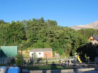 Pirineo Valle de Tena  - Sky, Montaña y Paseos