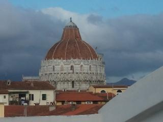 Astro al battistero, Pisa