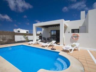 Preciosa y lujosa villa de 3 dormitorios, Playa Blanca
