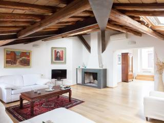 Piazza Navona - Pantheon Attic 2BR 2BA with terrace with wiev