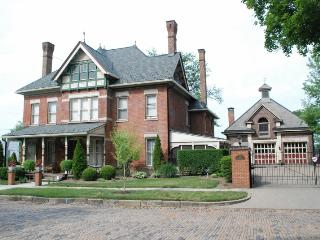 Elegant Brick Victorian built in 1882, Massillon
