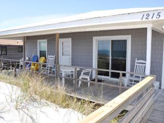INCERTO'S REBEL INN, Topsail Beach