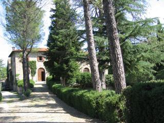 Villa Badicroce - Code: AC0009, Palazzo del Pero