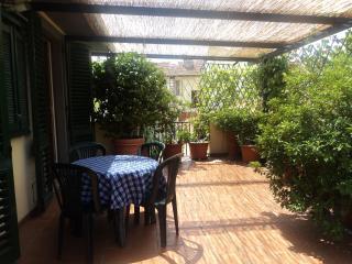 Appartamento con terrazza zona centrale, Florença