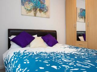Comfy Modern Double Room, Own Private Bathroom