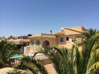Belle villa avec piscine privée, Quesada