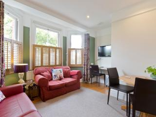 Luxury Apartment near London / Wimbledon, New Malden
