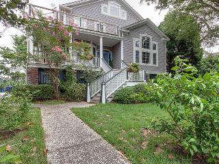Middle Street 1312, Sullivan's Island