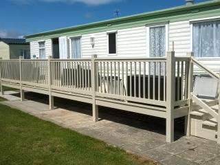 C33 Whitehouse Leisure Park, Towyn, North Wales