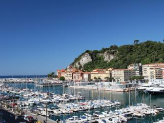 Port of Nice with 100% Sea & Port Views