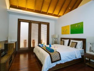 Villa-B Tolgay Living Seminyak, Designer Villa
