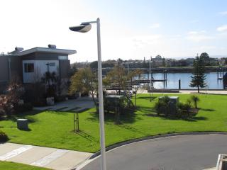 Blue Waters Villa 2, Port Adelaide