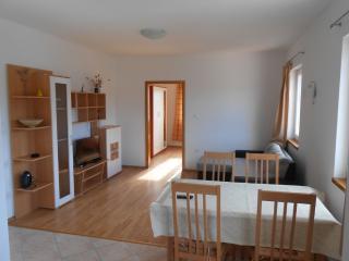 Fantov Apartment B in Tisno