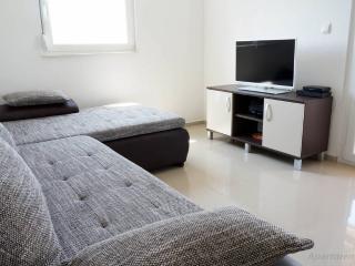 Zeba Apartment A in Tisno