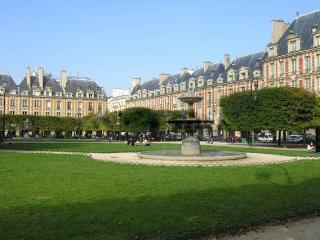 LUXURY&SPACE FOR5~PLACE DES VOSGES, Paris