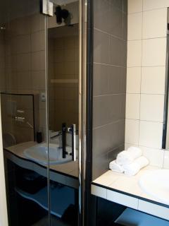 Tutte le nostre camere hanno bagno privato con doccia.