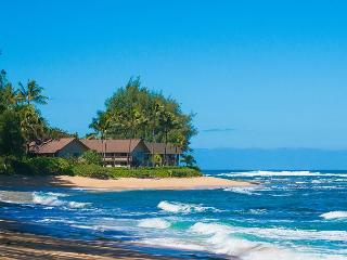 Premium oceanfront unit 10 steps from the sand!  Jan-Mar now just $319/night, Hanalei