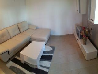 Martina Apartment B in Tisno