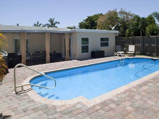 Updated 3BR/1BA Ft. Lauderdale Pool Home in Quiet Neighborhood, Oakland Park