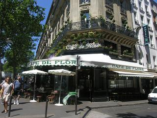 VERY CHIC 2 BR GEM IN THE HISTORIC ST GERMAIN, París