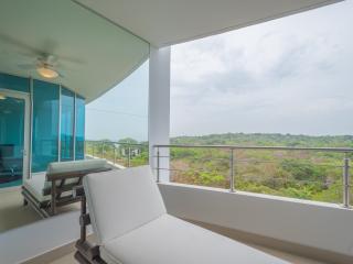 Casa Bonita 2-Bdrm in Luxury Resort - Great Value