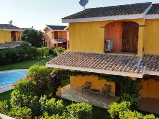 villa oleandro porto pino con piscina, Sant'Anna Arresi