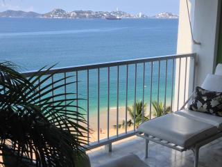 ACAPULCO LUJO FRENTE AL MAR LIBRE WIFI & TELÉFONO, Acapulco