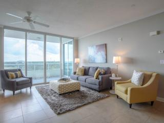 A Lavish Waterfront Condo at Ocean Club, Biloxi