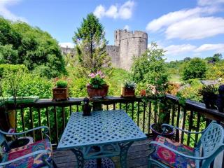 Chateau Terrace (WAY220), Chepstow