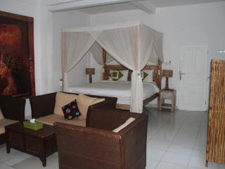 Apartment 1 Kayu Aya Seminyak Bali, Denpasar