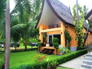 Luxury Beachfront Villa, 6 persons, Ko Chang Tai