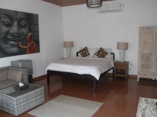 Apartment 3 Kayu Aya Seminyak Bali